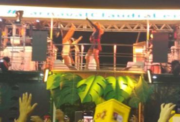 """""""Mulher grávida gosta de dançar"""", diz Claudia Leitte em estreia no Carnaval   Victor Rosa l Ag. A TARDE"""