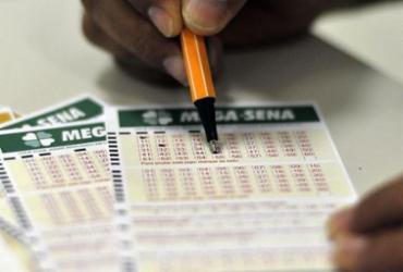Mega-Sena acumula e sorteia R$ 32 milhões nesta quarta   Marcello Casal Jr.   Agência Brasil