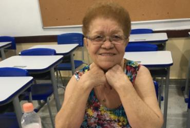 Aos 72 anos, Severina realiza o sonho de estudar