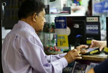 INSS alerta idosos sobre fraudes em crédito consignado | Marcelo Camargo | Agência Brasil