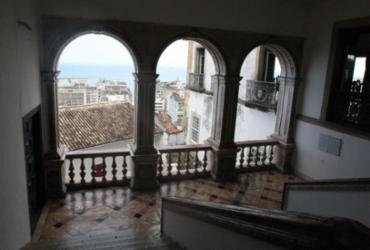 Livro marca comemorações pelos 470 anos da Santa Casa da Bahia | Luciano da Matta l Ag. A TARDE