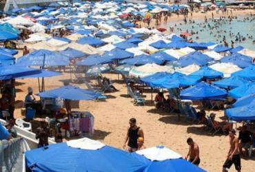 Porto da Barra está entre as praias impróprias para banho nesta semana | Luciano da Matta | Ag. A TARDE