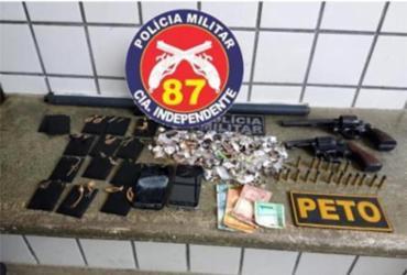 Suspeitos de roubo a joalheria e carro são presos em Teixeira de Freitas | SSP-BA