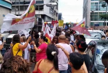 Centrais Sindicais protestam em frente à sede da Previdência Social | Victor Rosa | Ag. A TARDE