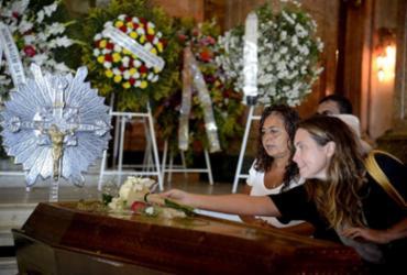 Familiares, amigos e fãs se despedem de Bibi Ferreira | Tânia Rêgo l Agência Brasil
