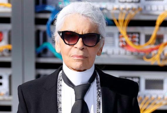 Morre aos 85 anos o estilista Karl Lagerfeld   Patrick Kovarik   AFP