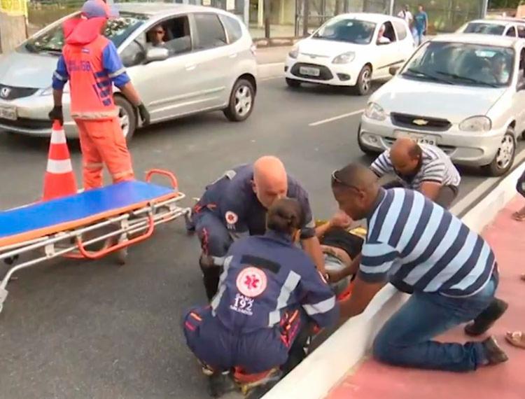 Mulher foi socorrida por uma unidade do Samu - Foto: Reprodução | TV Bahia