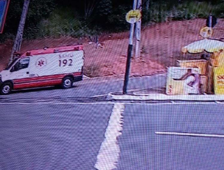 Equipe do Serviço de Atendimento Móvel de Urgência (Samu) está no local - Foto: Reprodução | TV Record Bahia