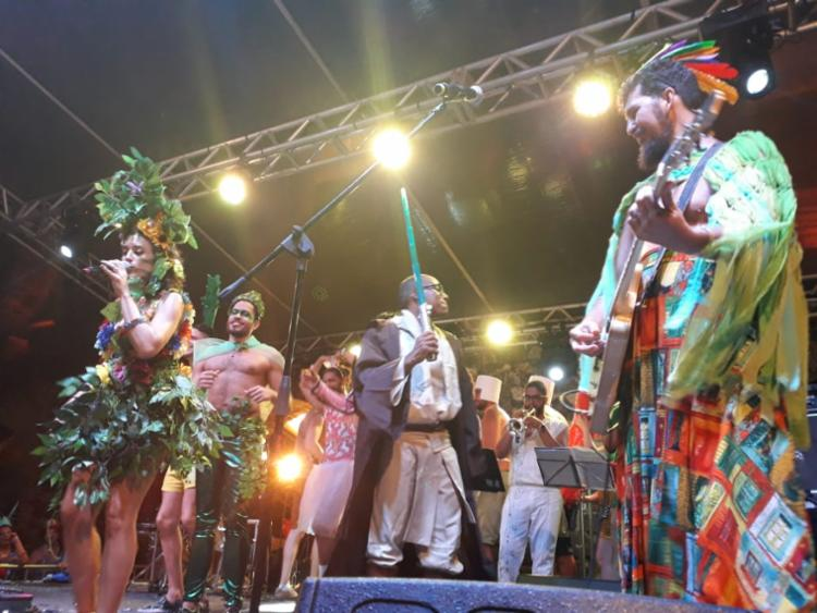 Diversidade de fantasias marcou evento realizado no Trapiche Barnabé - Foto: Thaís Seixas | Ag. A TARDE