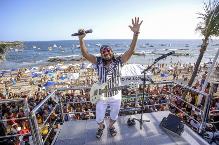O cantor se prepara para tocar todos os dias de carnaval - Foto: Divulgação