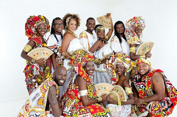 O bloco afro desfila no Campo Grande domingo, segunda e terça de Carnaval - Foto: Foto: Divulgação
