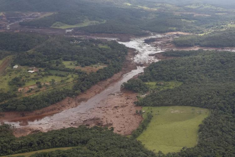 Região atingida pelo rompimento da barragem - Foto: Isac Nóbrega l PR