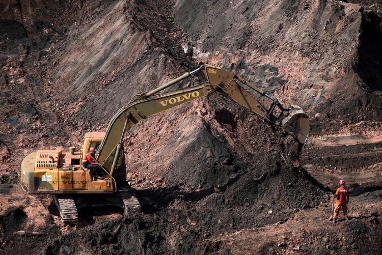 Agora são 248 corpos de vítimas do rompimento da barragem localizados - Foto: Douglas Magno | AFP