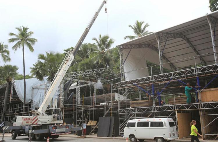 Vistorias são realizas pela Sedur durante montagem das estruturas - Foto: Margarida Neide | Ag. A TARDE