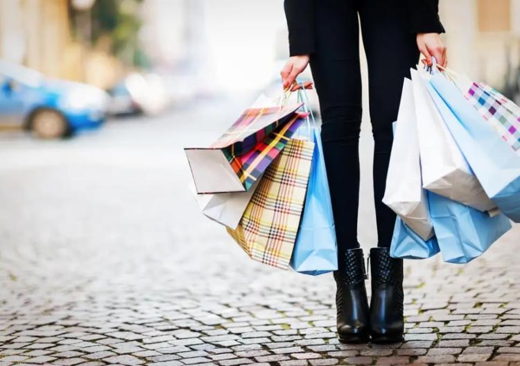 No Shopping Barra, além da grande variedade dos produtos em promoção, os consumidores terão descontos de até 70% - Foto: Reprodução