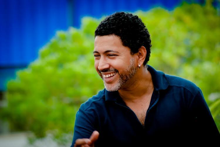 Carlos Barros interpretará algumas canções do Movimento Tropicalista - Foto: Divulgação