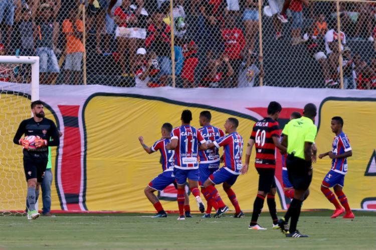 Comemoração do gol de Vinícius resultou na confusão que encerrou o duelo - Foto: Felipe Oliveira | EC Bahia