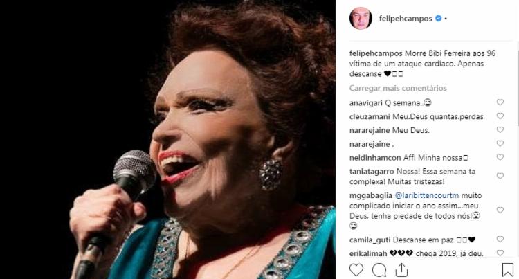 O jornalista Felipeh Campos publicou uma foto lamentando a morte de Bibi Ferreira.