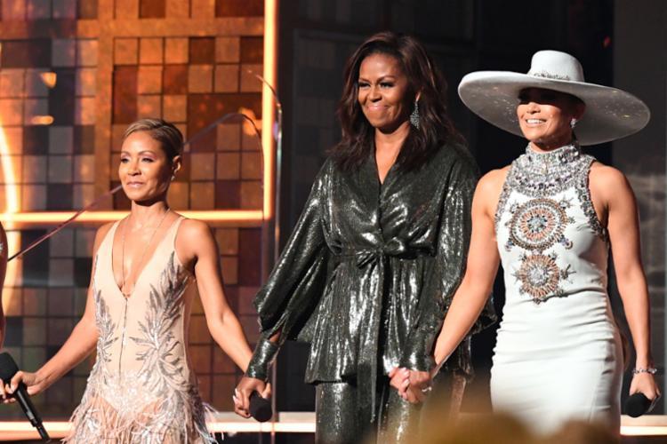 Grammy 2019 começou com um grupo de mulheres que incluía a ex-primeira dama dos Estados Unidos Michelle Obama - Foto: Robyn Beck | AFP