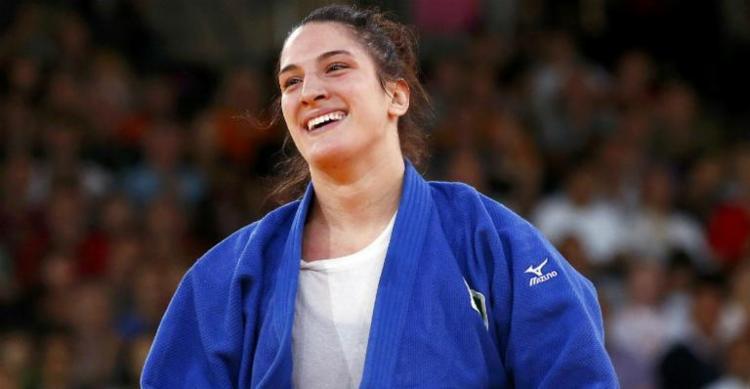 Mayra Aguiar faturou o ouro ao vencer suas cinco lutas no tatame da arena ISS Dome - Foto: Divulgação