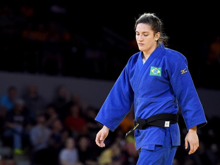 Bicampeã mundial, Mayra Aguiar decepcionou e foi eliminada na estreia - Foto: Harry How | Divulgação