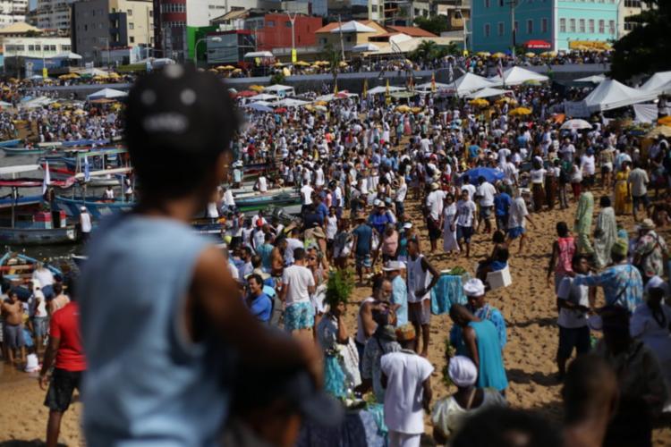 A lentidão se dá por cor conta da tradicional Festa de Iemanjá, celebrada neste sábado, 2 - Foto: Raphael Muller   Ag A TARDE