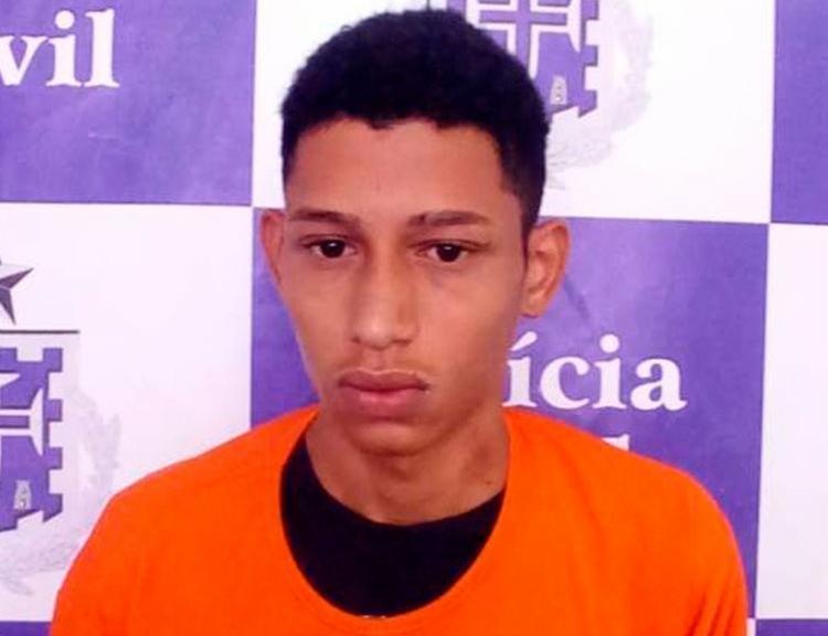 Emerson Anjos Santos Júnior foi autuado em flagrante por roubo - Foto: Divulgação   Polícia Civil