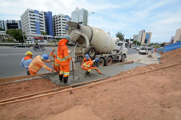Obras pretendem garantir que pessoas com dificuldades de locomoção se adaptem rapidamente às alterações.