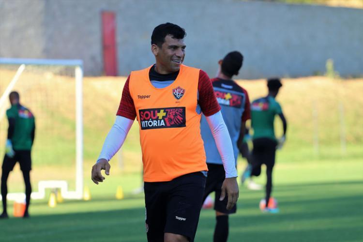 Neto Baiano deve fazer seu 1º jogo como titular no retorno ao Leão - Foto  5d43e673a2e75
