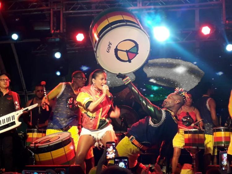 Claudia Leitte cantou sucessos do Olodum e apresentou sua aposta para o Carnaval - Foto: Thaís Seixas | Ag. A TARDE