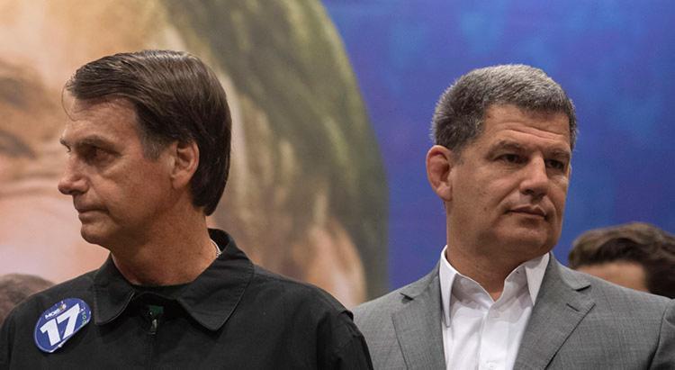 Exoneração foi divulgada na tarde desta segunda-feira, pelo porta-voz do governo de Bolsonaro, Otávio Rêgo Barros - Foto: Mauro Pimentel | AFP