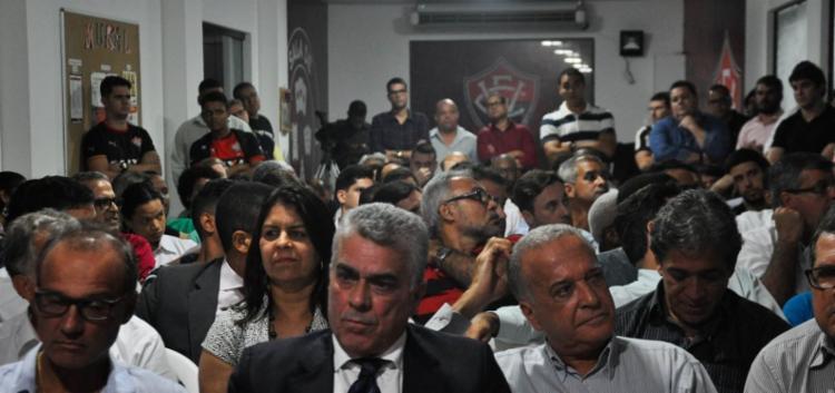 O grupo também critica o atual presidente do conselho deliberativo, Robinson Almeida - Foto: Maurícia da Matta | Esporte Clube Vitória