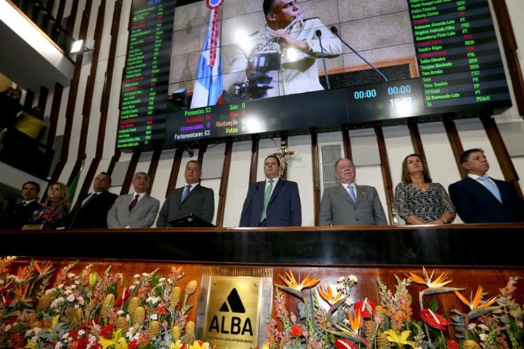 Governador e autoridades baianas na abertura dos trabalhos da Assembleia Legislativa da Bahia - Foto: Manu Dias/Gov-BA