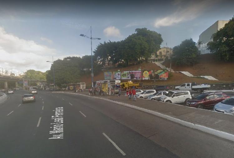 Não havia pedestre no ponto no momento do acidente - Foto: Google Street View | Reprodução