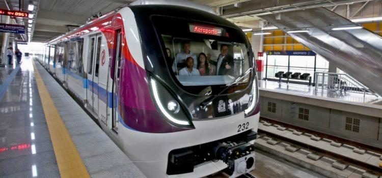 Linhas de metrô e ônibus terão horários especiais durante o Carnaval, entre os dias 1º e 6 de março. - Foto: Divulgação