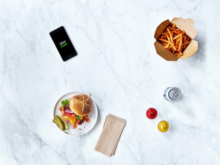 Ação dará descontos de 30% e entrega grátis em alguns lanches selecionados pela plataforma - Foto: Divulgação | Uber Eats