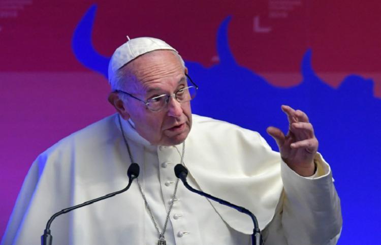Convocada pelo papa Francisco, a cúpula vai tratar do tema que, há décadas, tem abalado os alicerces da Igreja Católica - Foto: Divulgação | Tiziana Fabi | AFP
