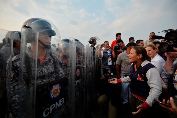 Juan Guaidó convocou população para uma mobilização em massa - Foto: Luis Robayo | AFP