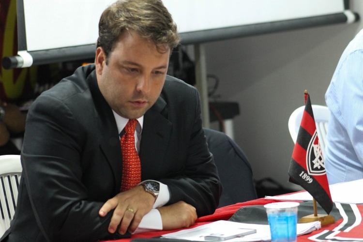 Paulo Catharino renunciou ao cargo faltando pouco menos de sete meses para o fim do seu mandato - Foto: Maurícia da Matta l EC Vitória
