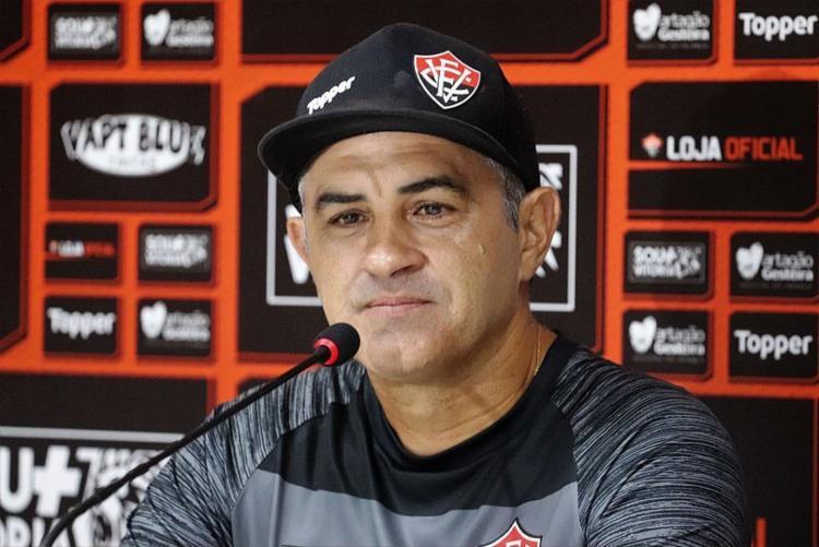 Questionado se temeria uma possível demissão, o treinador se recusou a responder a pergunta - Foto: Mauricia da Matta | Esporte Clube Vitória