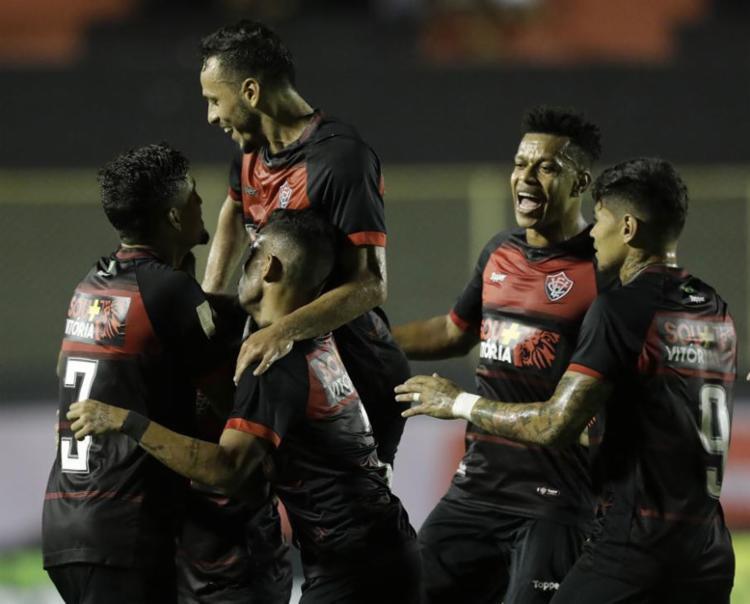 Atacantes do Rubro-Negro marcaram pela primeira vez na temporada - Foto: Adilton Venegeroles l Ag. A TARDE