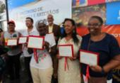 Artesãos e artesãs baianas recebem título honorífico em encontro | Foto: Elói Corrêa l Gov-BA