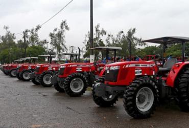 Equipamentos para fortalecimento da Agricultura Familiar são entregues a 368 municípios