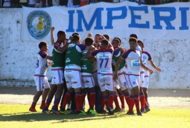 Fernandão faz 4, Bahia goleia o Jequié e avança às semifinais
