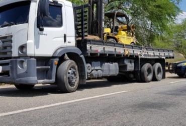 Caminhão roubado no Rio de Janeiro é localizado em Jequié | Divulgação | PRF