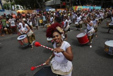 Samba reggae e resistência marcam passagem do Bloco Didá | Foto: Adilton Venegeroles | AG. A TARDE