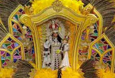 Fantasia de santa vence concurso LGBT no Carnaval de Salvador | Gilberto Jr. | Secom