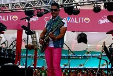 Chiclete Com Banana abre o segundo dia do Carnavalito | Raul Aguillar | Ag. A TARDE