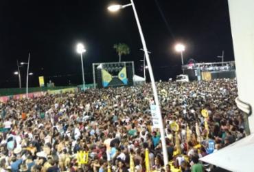 Denny Denan passa mal e cancela desfile de bloco na Barra-Ondina | Juliana Salles | Ag. A TARDE