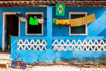 Casas coloridas de Sergipe, Bahia e Alagoas inspiram série fotográfica | Melissa Warwick